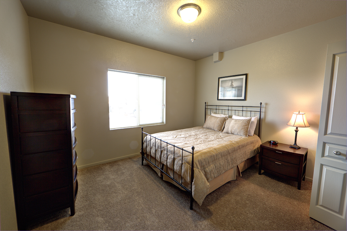 Aspen-Creek-Bedroom-Small